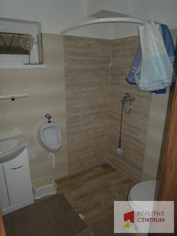 Predaný 5 izb. rodinný dom pri Zlatých pieskoch-23
