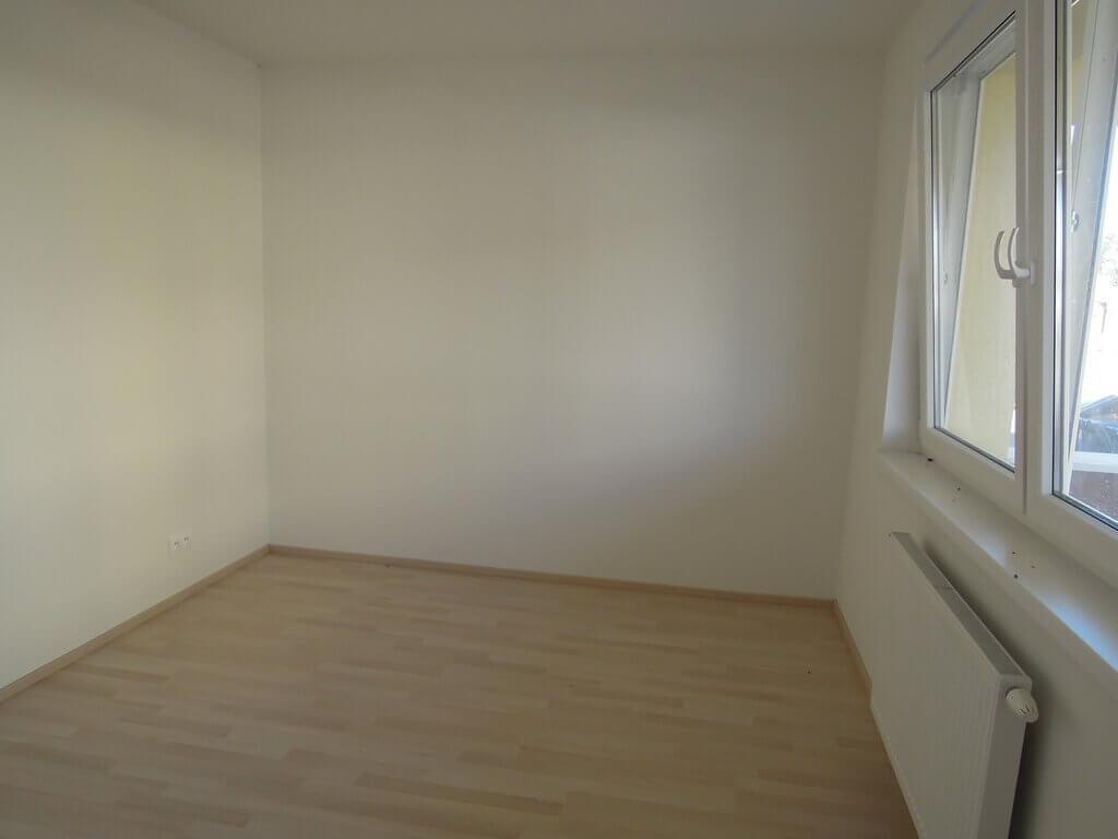 Predané: 3 izb. byt v Rovinke-2