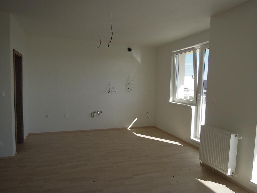 Predané: 4 izb. byt v Rovinke-1