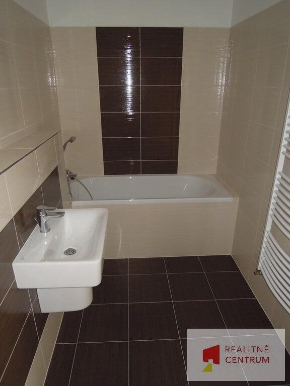 Predané: 4 izb. byt v Rovinke-8