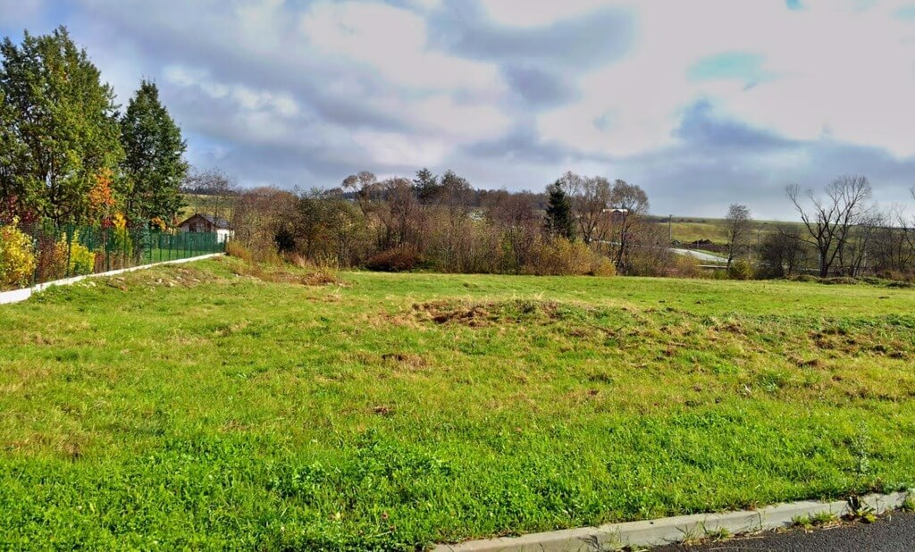 Predané Velký stavebný pozemok vo Veľkej Lomnici, na výstavbu RD alebo penziónu-0