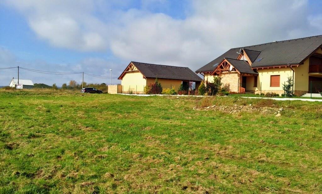 Predané Velký stavebný pozemok vo Veľkej Lomnici, na výstavbu RD alebo penziónu-2