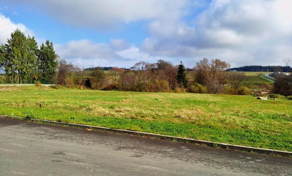 Predané Velký stavebný pozemok vo Veľkej Lomnici, na výstavbu RD alebo penziónu-1