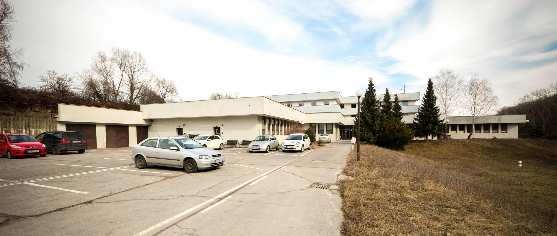 Zdravotnícke zariadenie,bývale sanatórium,komplex na predaj, Limbach, Potočná ulica, pozemky 21164m2, úžitkova spolu 3159m2-23
