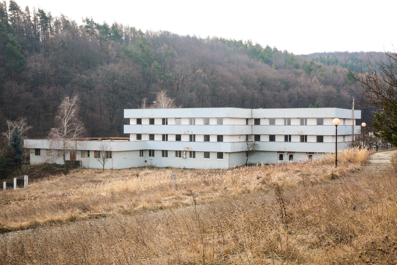 Zdravotnícke zariadenie,bývale sanatórium,komplex na predaj, Limbach, Potočná ulica, pozemky 21164m2, úžitkova spolu 3159m2-10