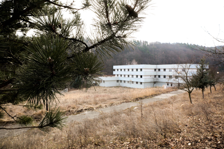 Zdravotnícke zariadenie,bývale sanatórium,komplex na predaj, Limbach, Potočná ulica, pozemky 21164m2, úžitkova spolu 3159m2-6