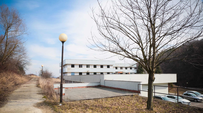 Zdravotnícke zariadenie,bývale sanatórium,komplex na predaj, Limbach, Potočná ulica, pozemky 21164m2, úžitkova spolu 3159m2-13