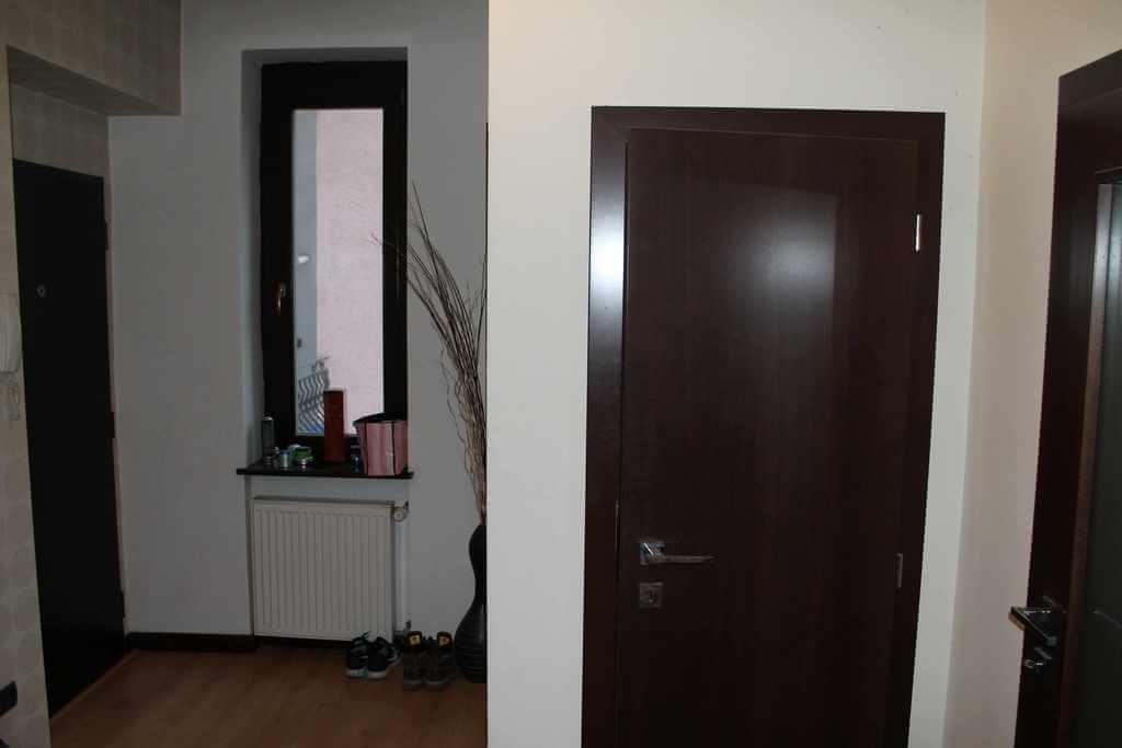 Predané Predaj exkluzívneho 3,5 izb. bytu,v centre, ulica Dostojevského rad v Bratislave, vedľa Jakubovho námestia, 94m2, kompletne zariadený-26