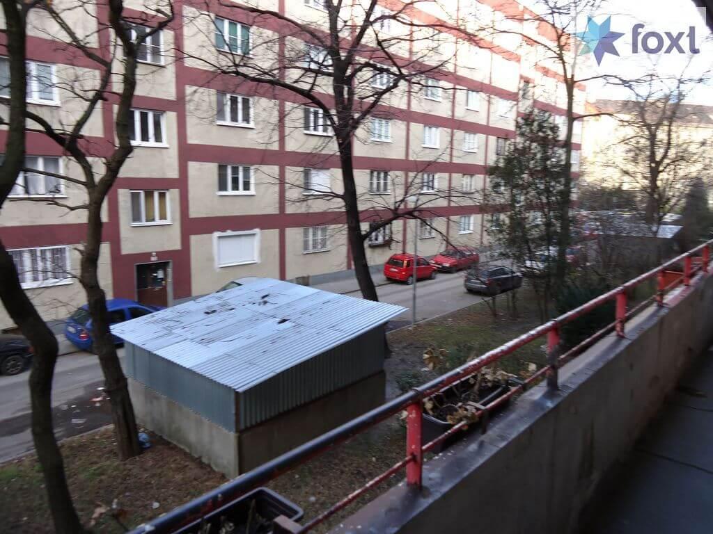 Na prenájom exkluzívne 2 izb. byt, Staré mesto, Šancová ulica, Bratislava, 75m2, kompletne zariadený-17