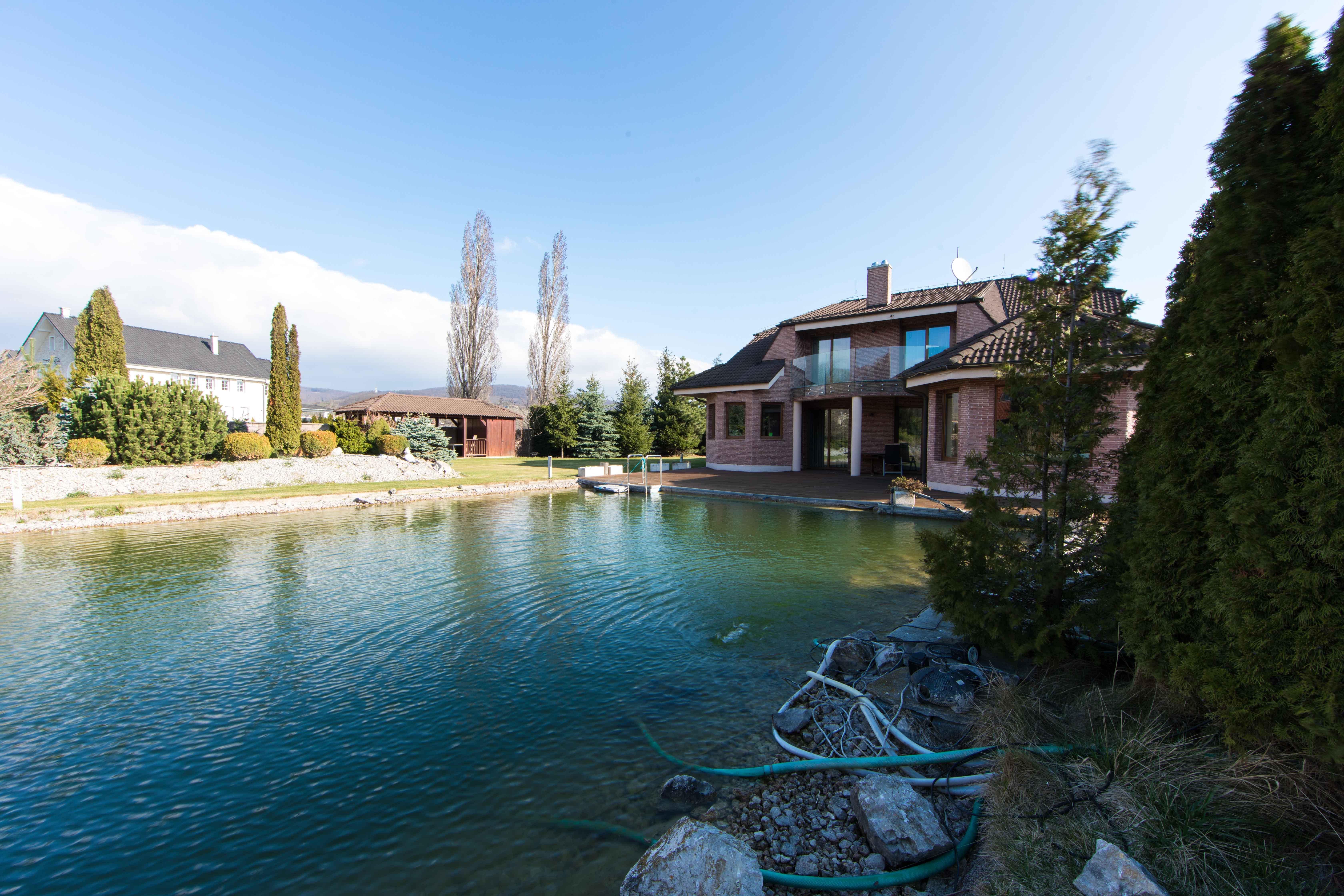 Rodinná Vila, Limbach, prírodné jazero, 4030 m2, úžitková plocha 420m2-8