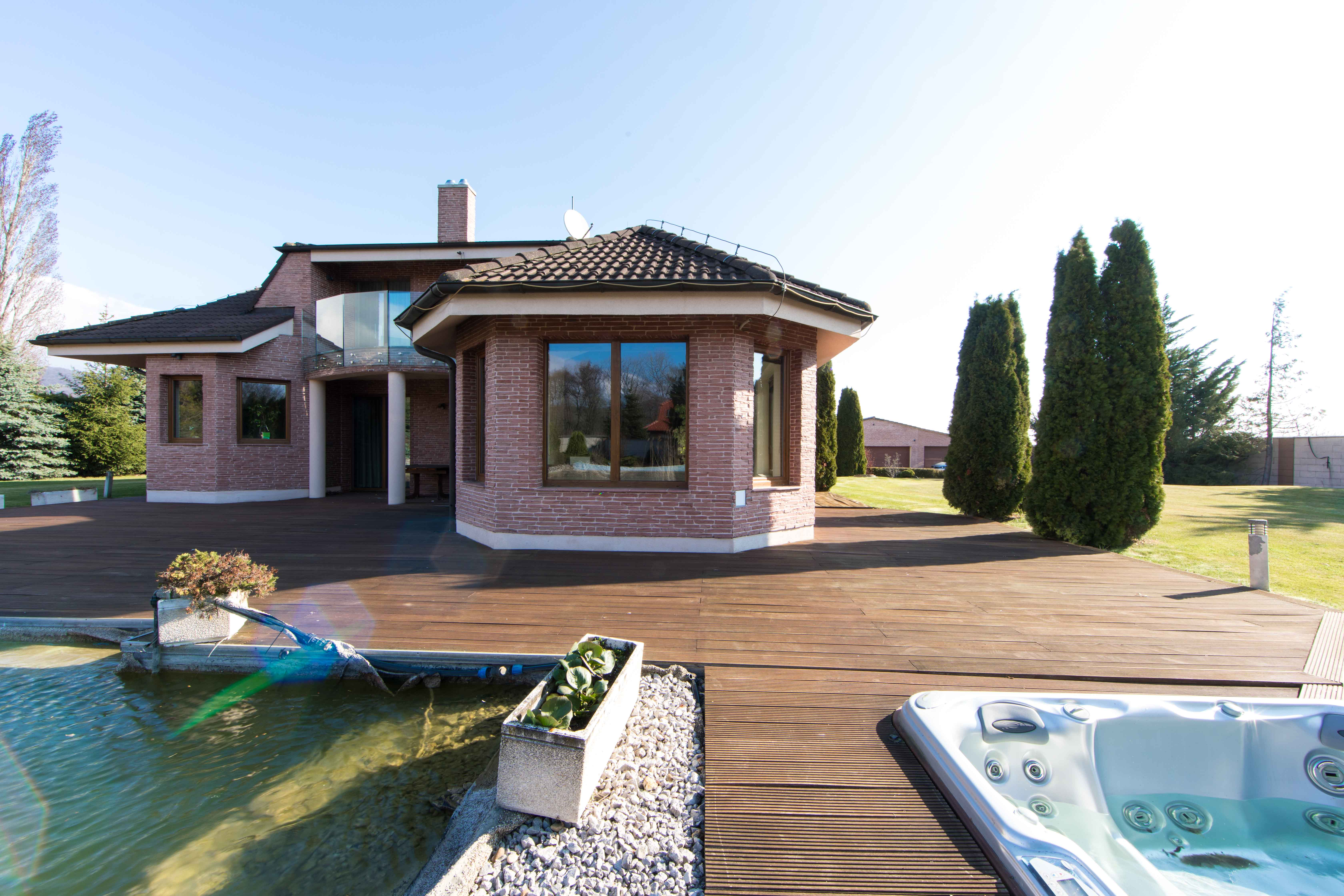 Rodinná Vila, Limbach, prírodné jazero, 4030 m2, úžitková plocha 420m2-10