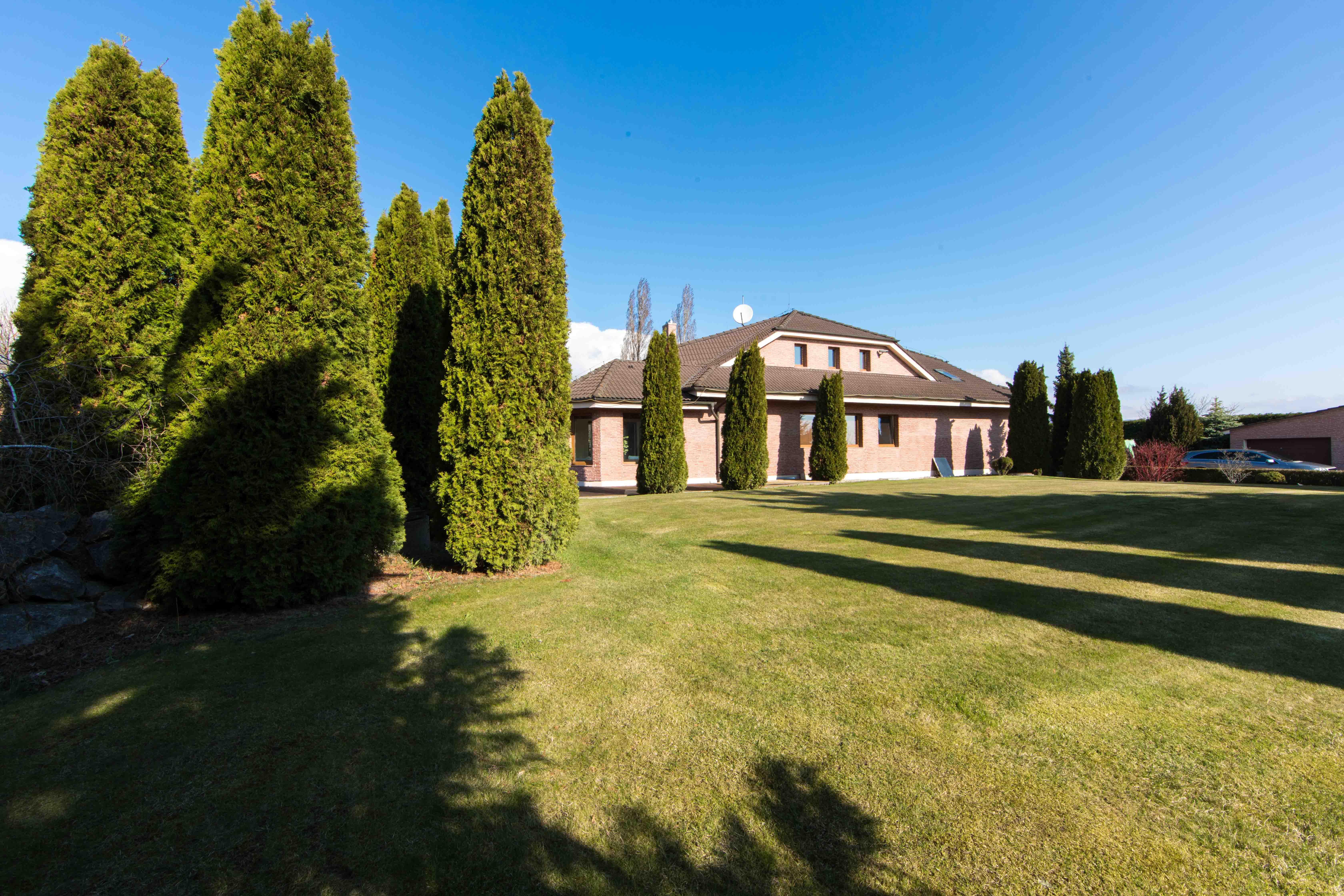 Rodinná Vila, Limbach, prírodné jazero, 4030 m2, úžitková plocha 420m2-17