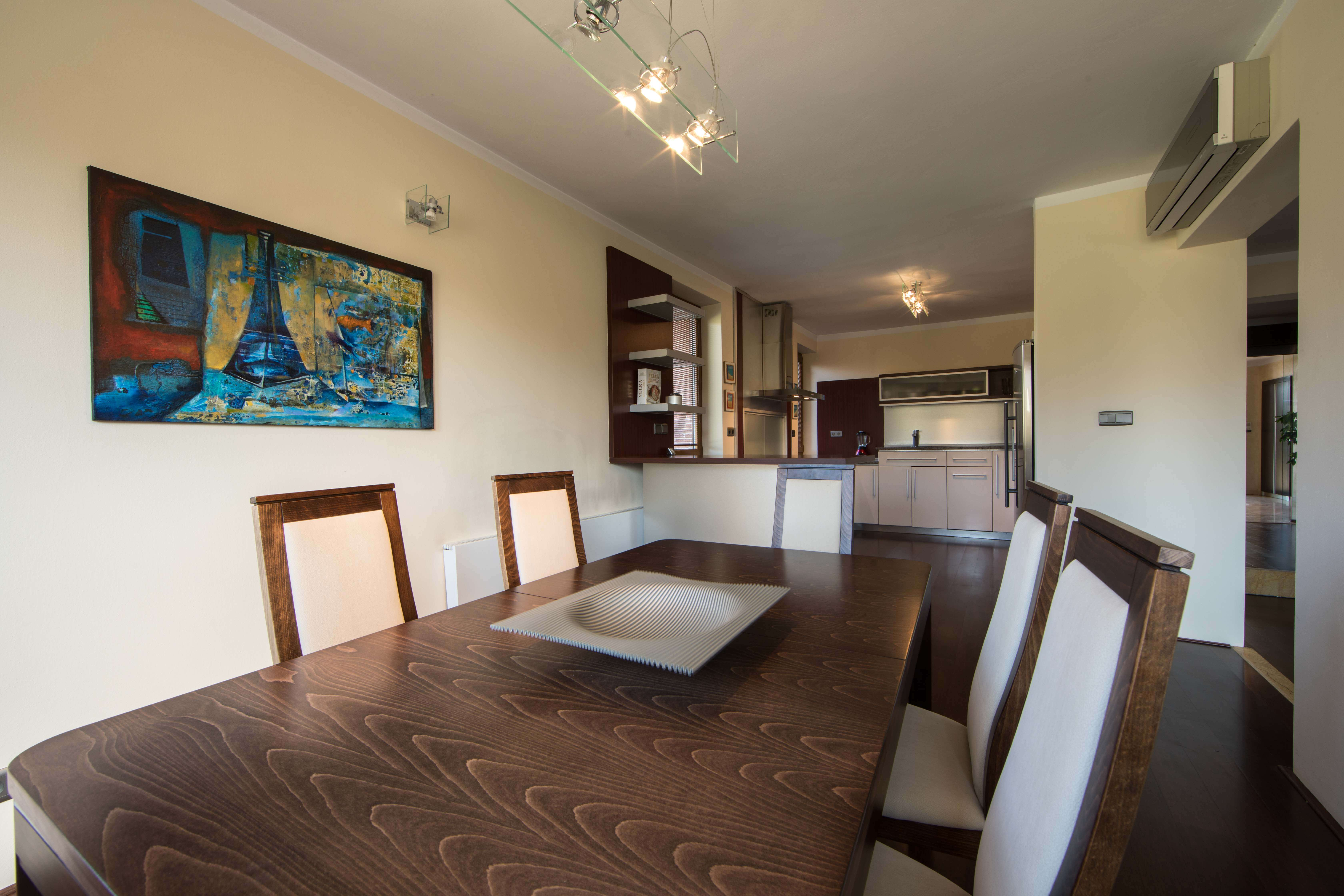 Rodinná Vila, Limbach, prírodné jazero, 4030 m2, úžitková plocha 420m2-23