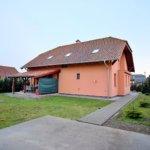Predané: Na predaj 6-izbový rodinný dom vo vilovej štvrti v Hamuliakove, 15 km od Bratislavy-0
