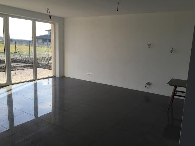 Predané: Novostavba na kľúč + kuchyňa + pozemok len za 98 000 Eur, iba 25km od Bratislavy-5