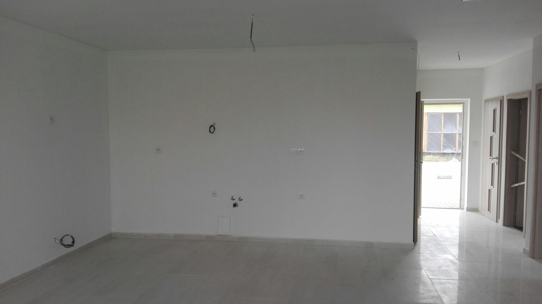Predané: Novostavba na kľúč + kuchyňa + pozemok len za 98 000 Eur, iba 25km od Bratislavy-4