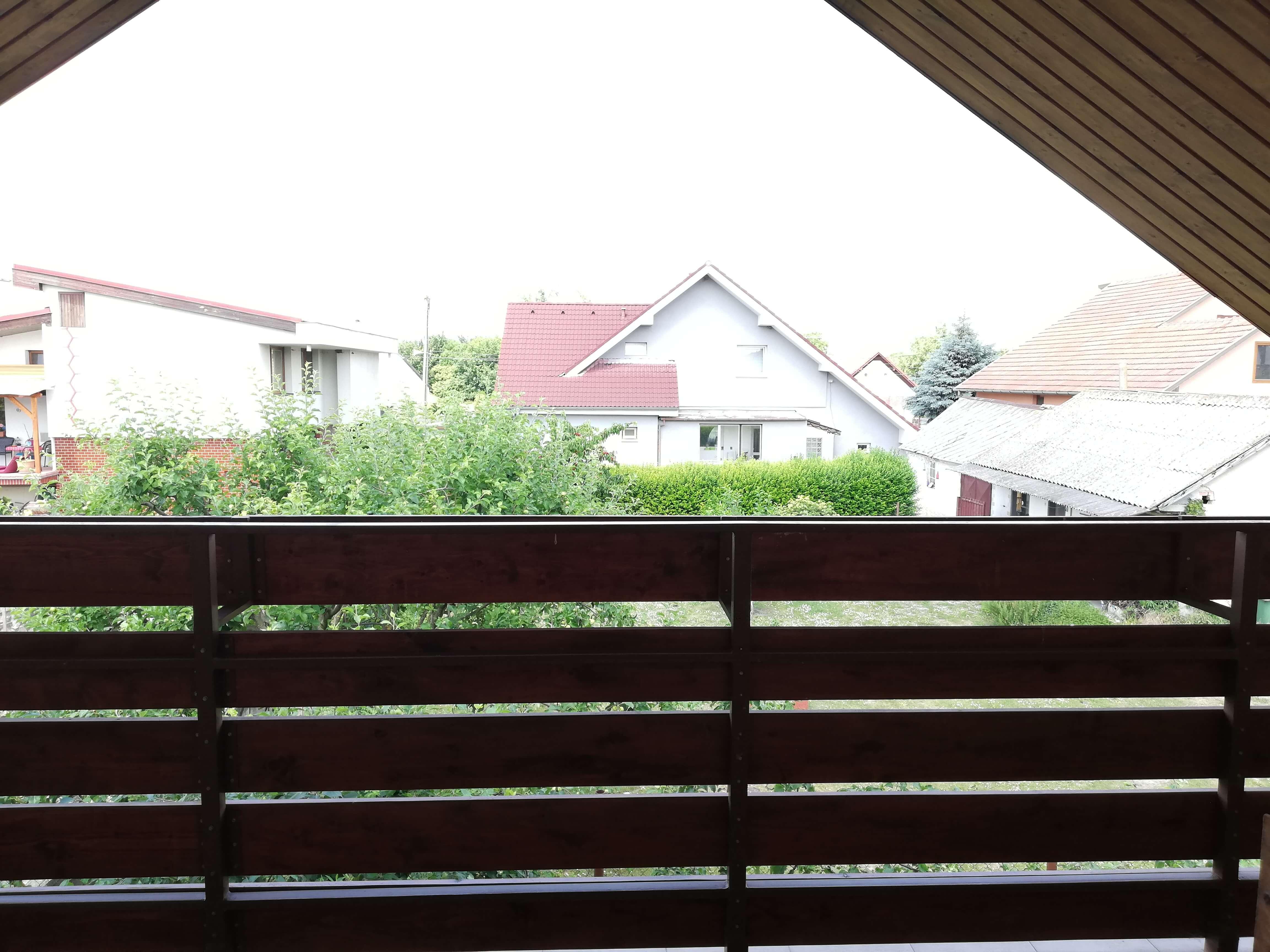 Rodinný dom na uzavretej ulici, Vojtechovce, 2 – generačný 6 izbový, úžitková 270m2, pozemok 600m2, garáž-15