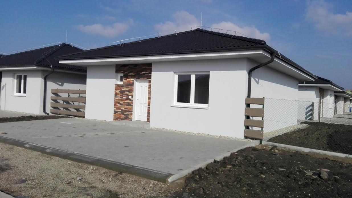 Predané: Novostavba na kľúč + kuchyňa + pozemok len za 98 000 Eur, iba 25km od Bratislavy-1
