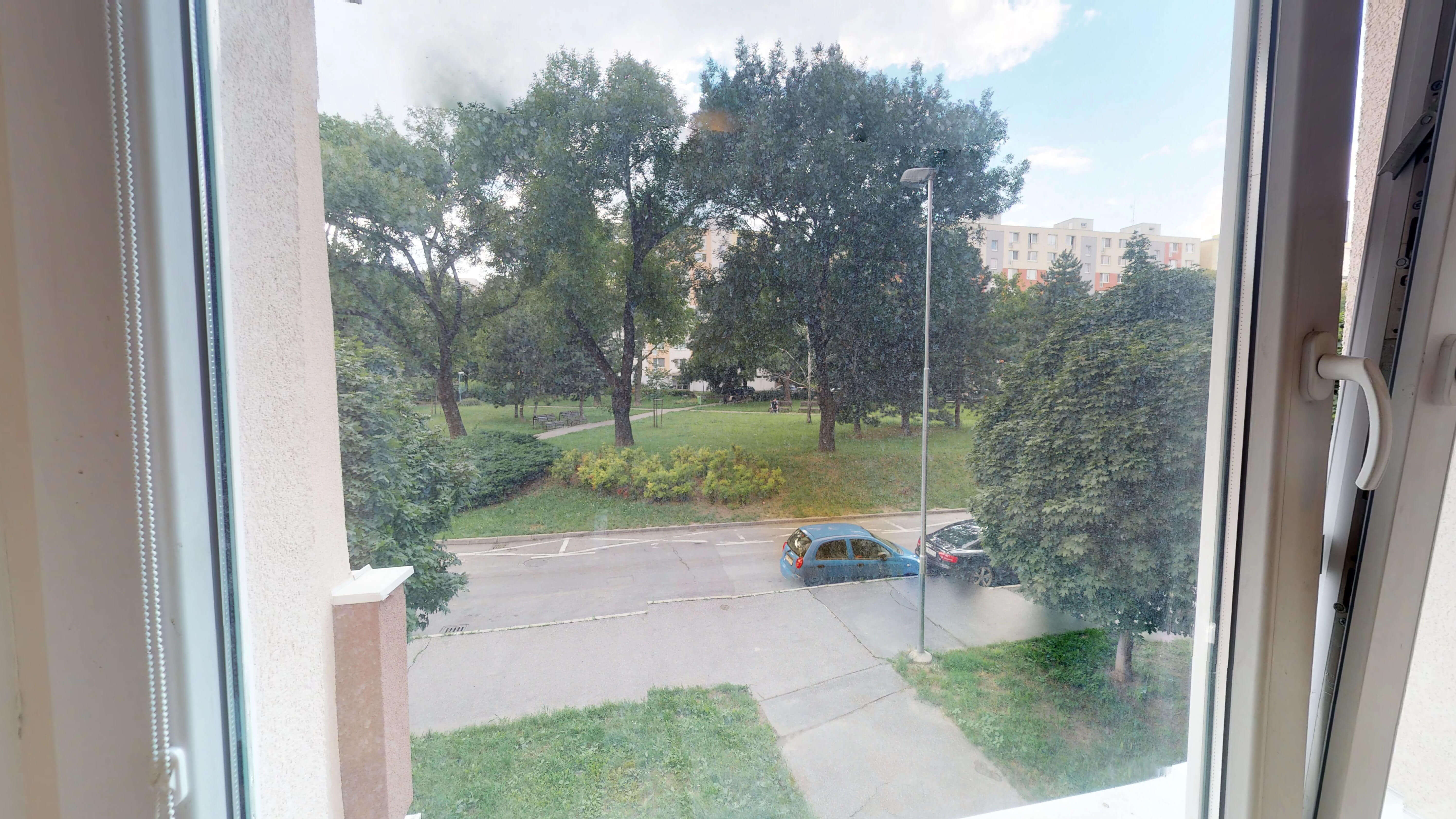 Predané Predaj exkluzívneho 3 izb. bytu,v Ružinove, ulica Palkovičová, blízko Trhoviska Miletičky v Bratislave, 68m2, kompletne zariadený-26