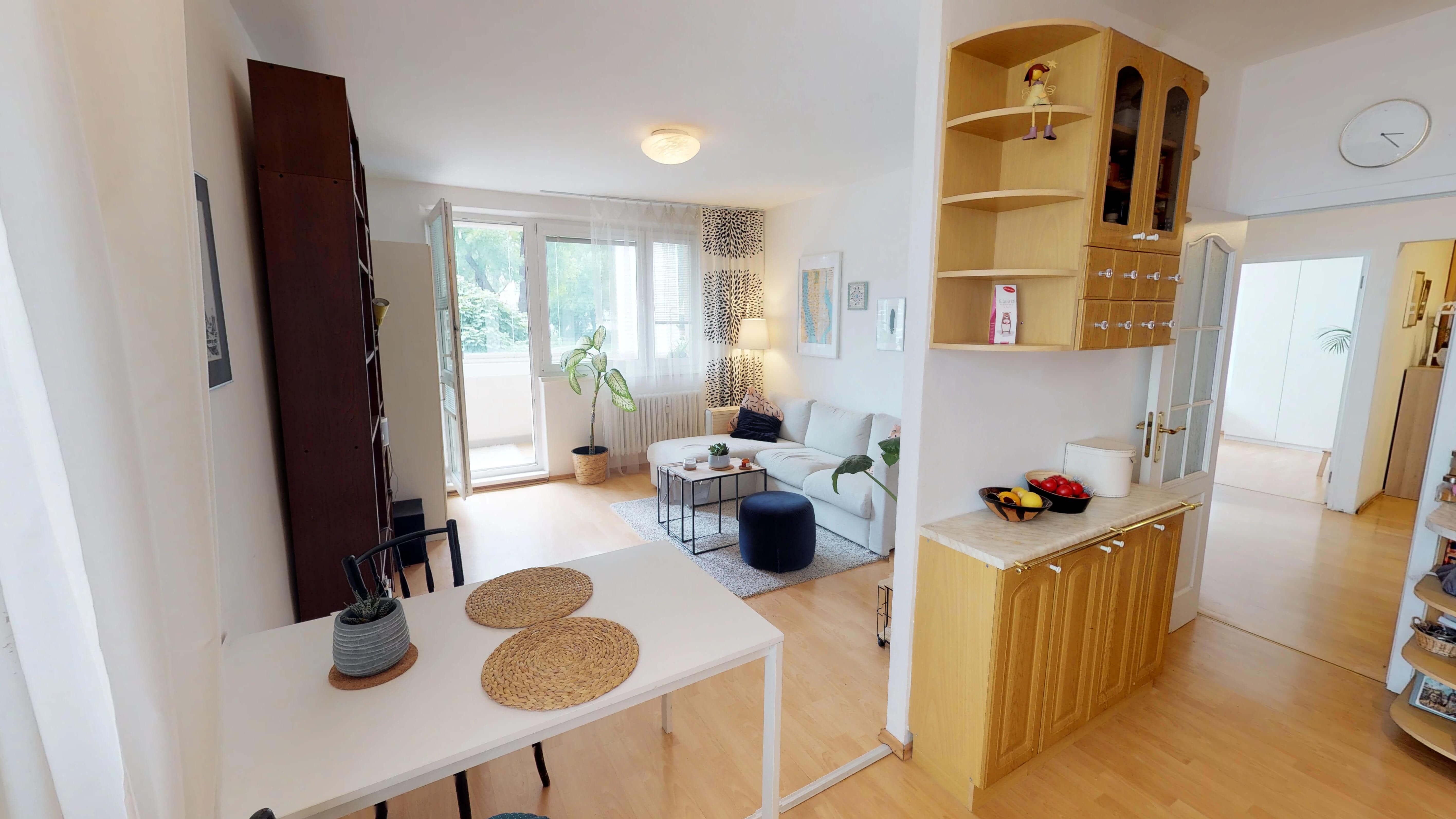 Predané Predaj exkluzívneho 3 izb. bytu,v Ružinove, ulica Palkovičová, blízko Trhoviska Miletičky v Bratislave, 68m2, kompletne zariadený-21