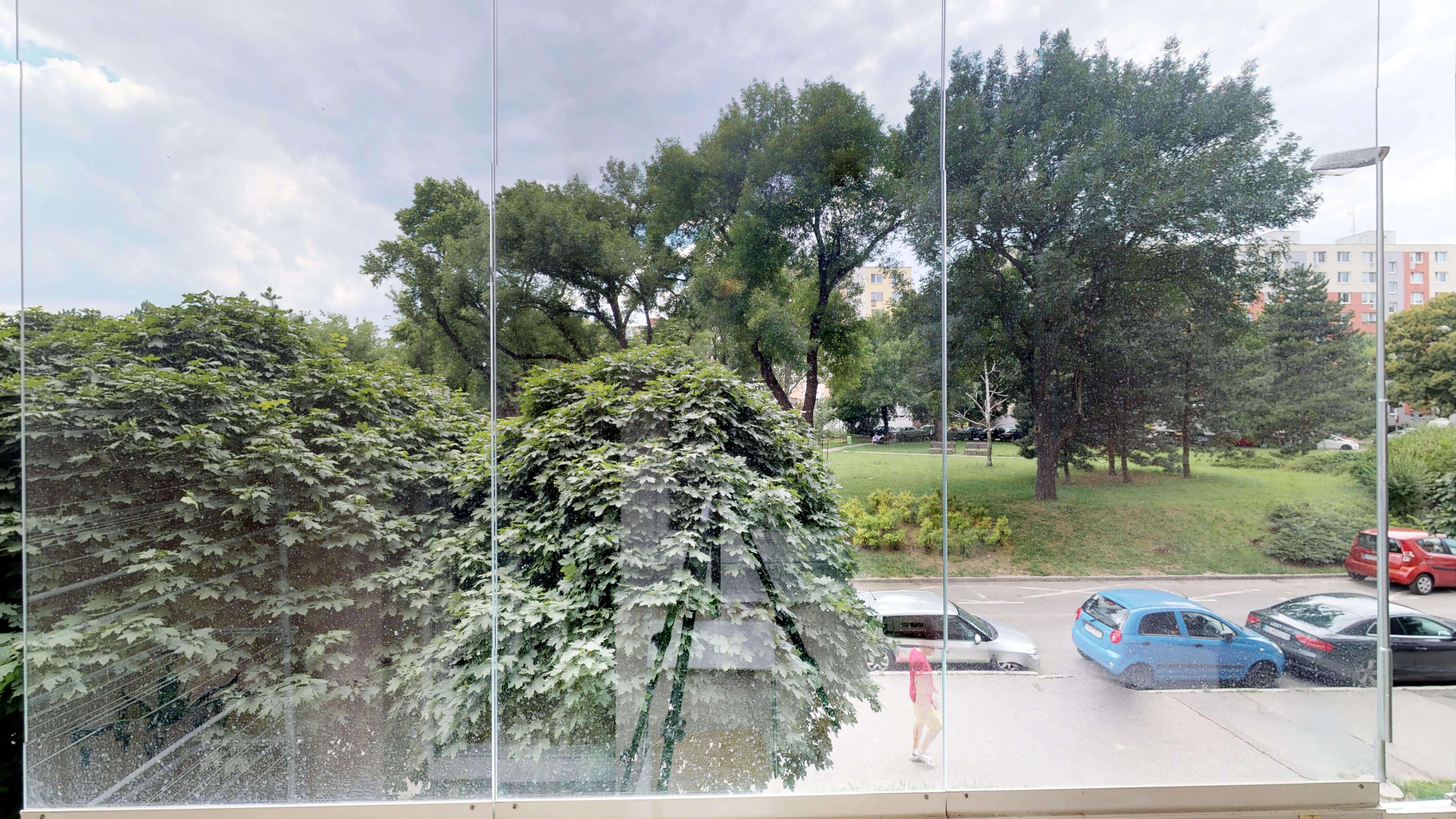 Predané Predaj exkluzívneho 3 izb. bytu,v Ružinove, ulica Palkovičová, blízko Trhoviska Miletičky v Bratislave, 68m2, kompletne zariadený-17