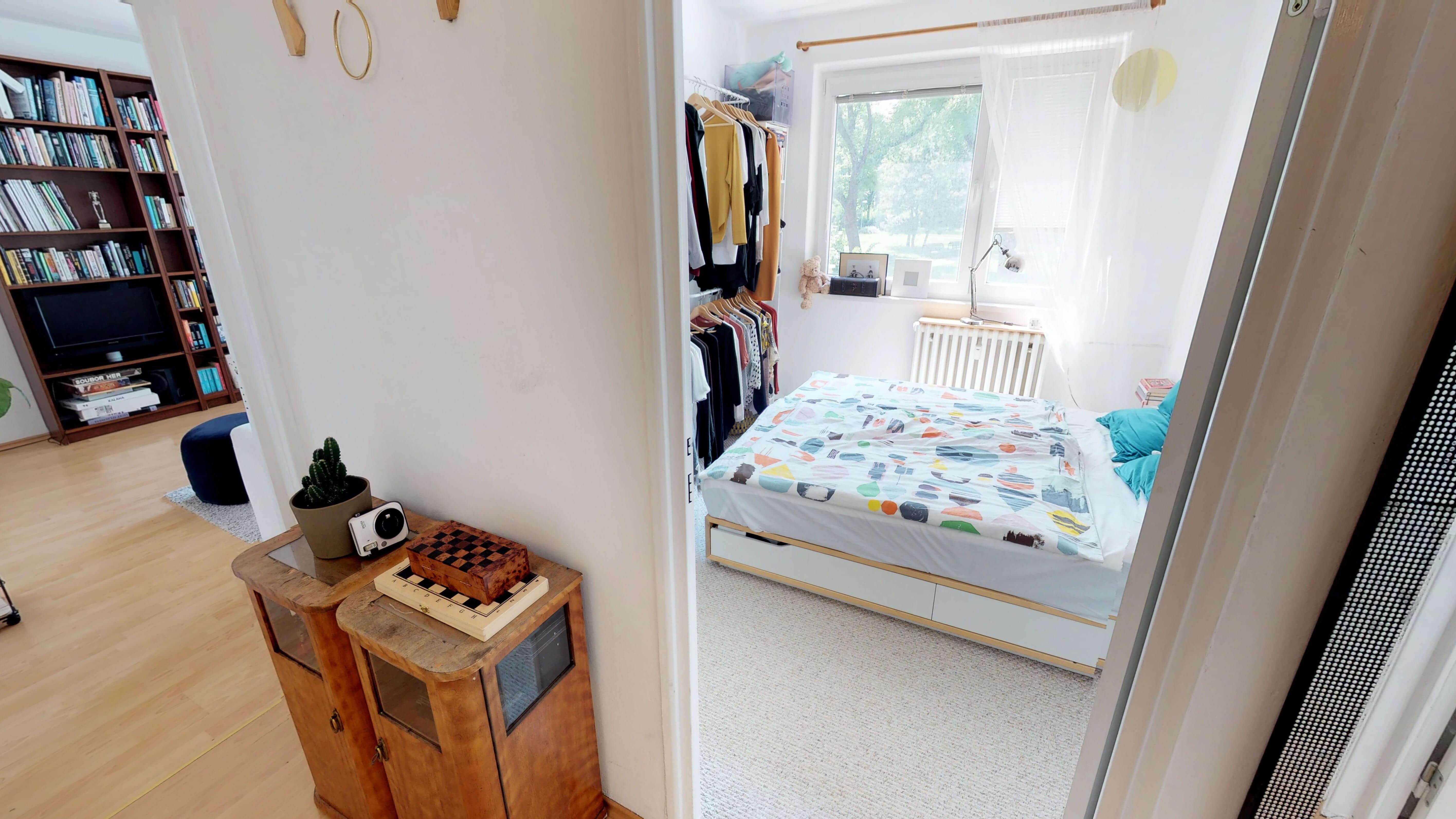 Predané Predaj exkluzívneho 3 izb. bytu,v Ružinove, ulica Palkovičová, blízko Trhoviska Miletičky v Bratislave, 68m2, kompletne zariadený-32