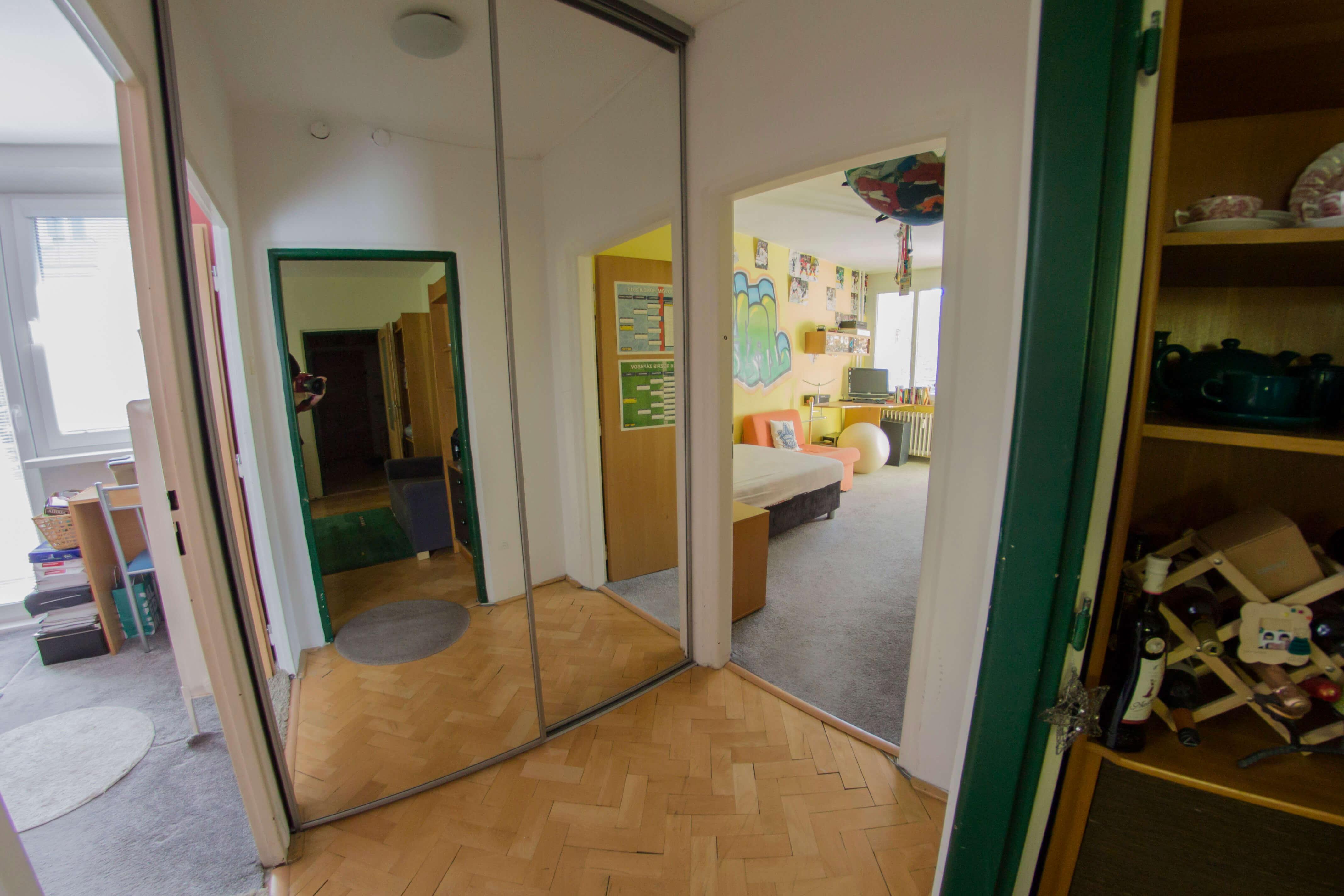 Predané: 3 izbový byt na Piešťanskej ulici-6
