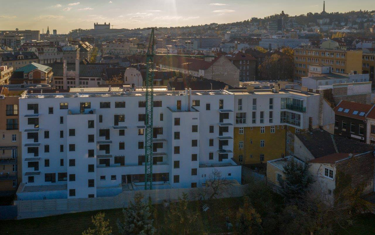 Novostavba 4 izbový byt, širšie centrum v Bratislave, Beskydská ulica, 90,37m2, balkón 4,5m2, štandard.-6