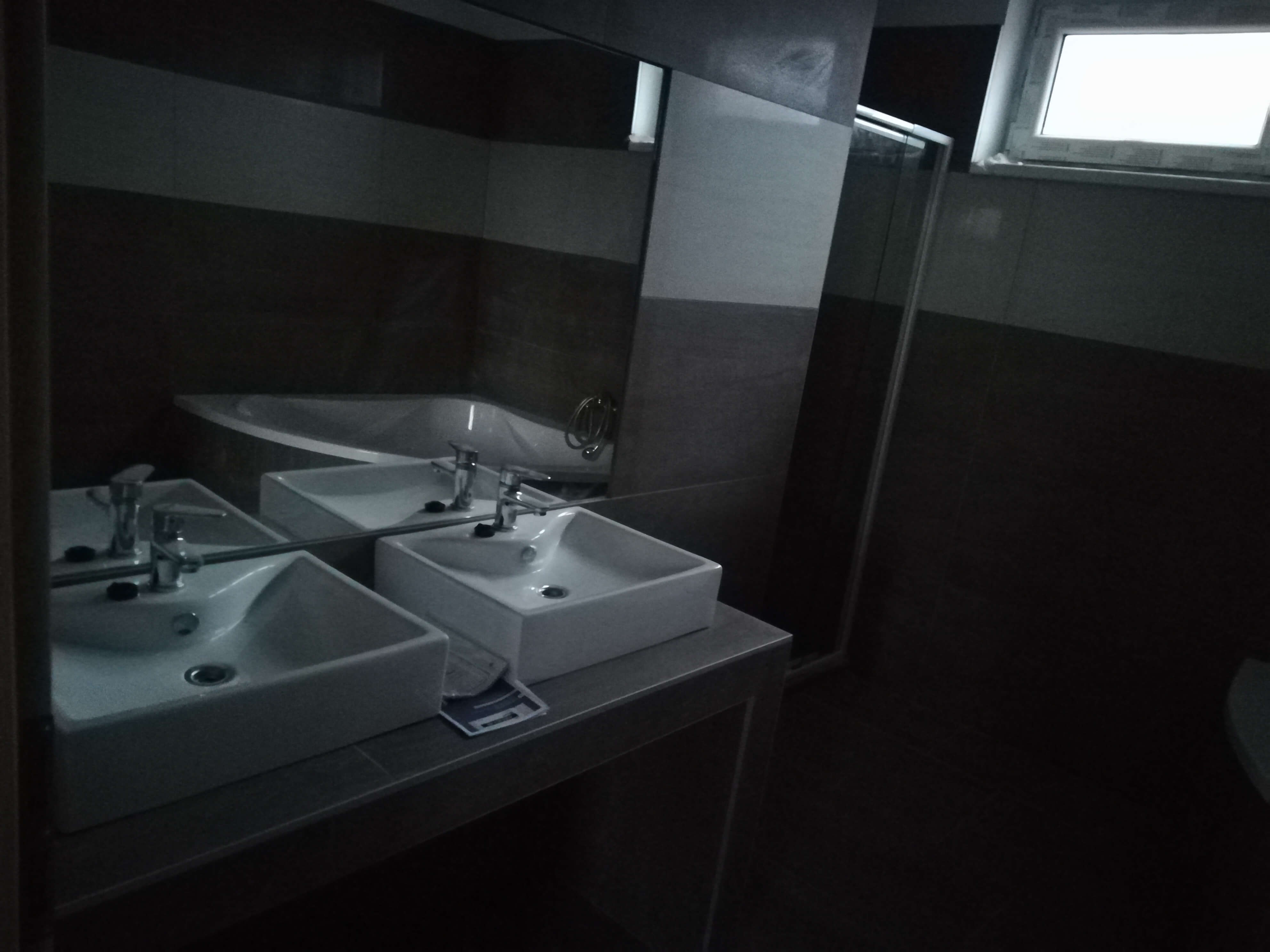 Predané: NOVOSTAVBA s terasou NA KĽÚČ + POZEMOK len 25km od Bratislavy-2