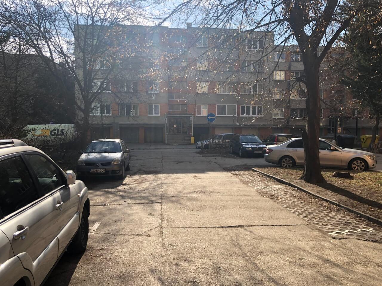 Exkluzívne na predaj 3 izb. byt, 81,7m2, balkón 5 m2, pivnica 6m2, garáž, Dunajská Lužná, ulica Brezová-44