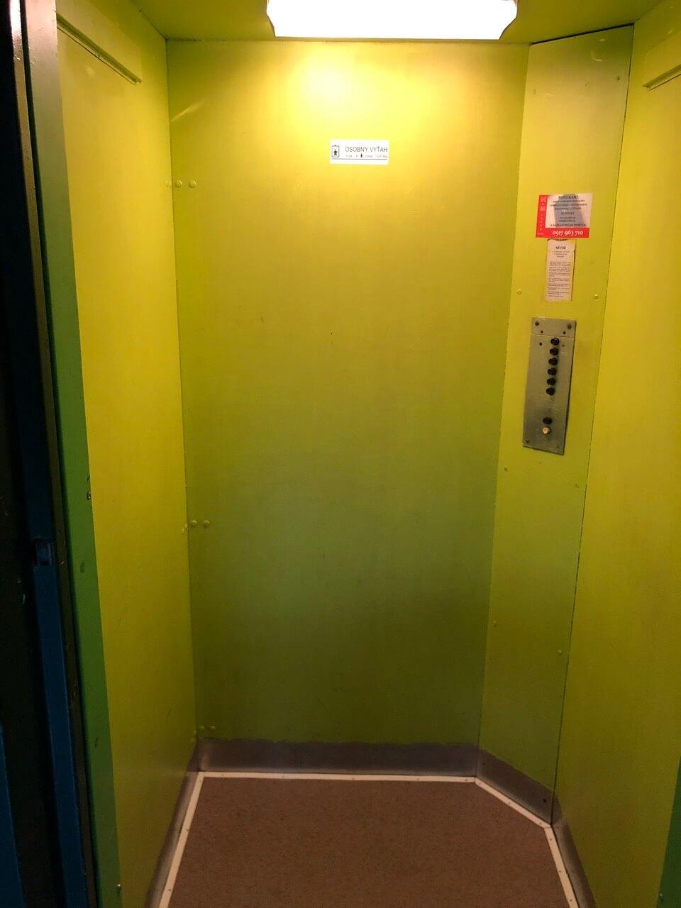 Exkluzívne na predaj 3 izb. byt, 81,7m2, balkón 5 m2, pivnica 6m2, garáž, Dunajská Lužná, ulica Brezová-38