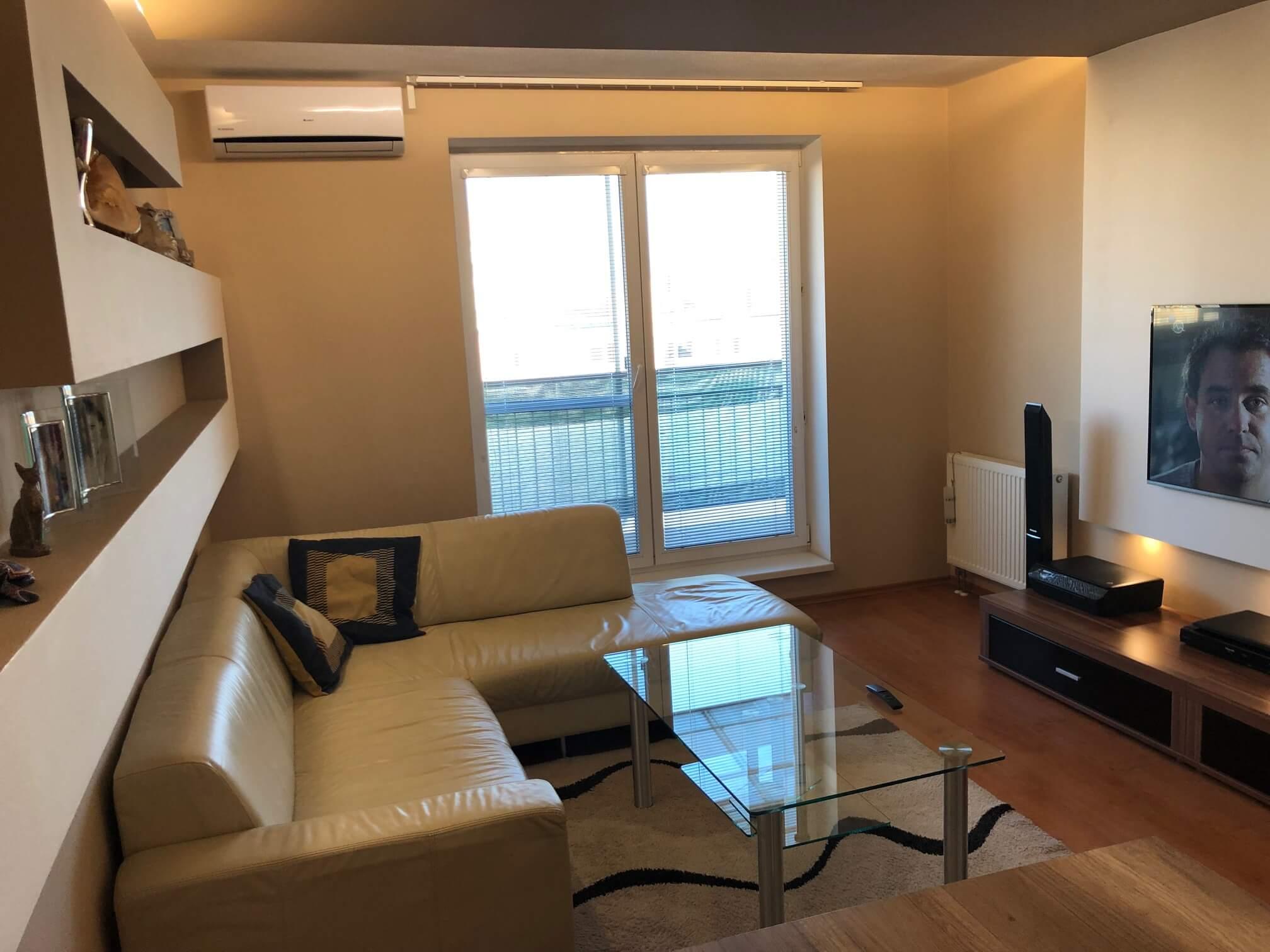 Predané: Exkluzívne na predaj 3 izb. byt, 72 m2, balkón 8 m2, parkovacie státie, Bratislava, Petržalka, Budatínska-13