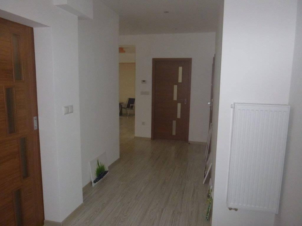 Exkluzívne na predaj 3 izb. byt, 81,7m2, balkón 5 m2, pivnica 6m2, garáž, Dunajská Lužná, ulica Brezová-12