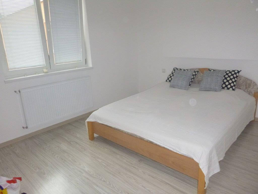 Exkluzívne na predaj 3 izb. byt, 81,7m2, balkón 5 m2, pivnica 6m2, garáž, Dunajská Lužná, ulica Brezová-9