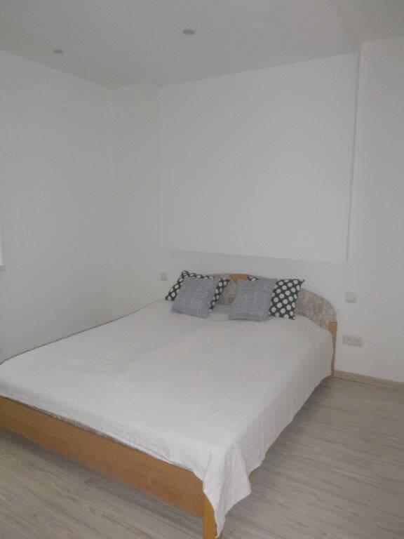 Exkluzívne na predaj 3 izb. byt, 81,7m2, balkón 5 m2, pivnica 6m2, garáž, Dunajská Lužná, ulica Brezová-10