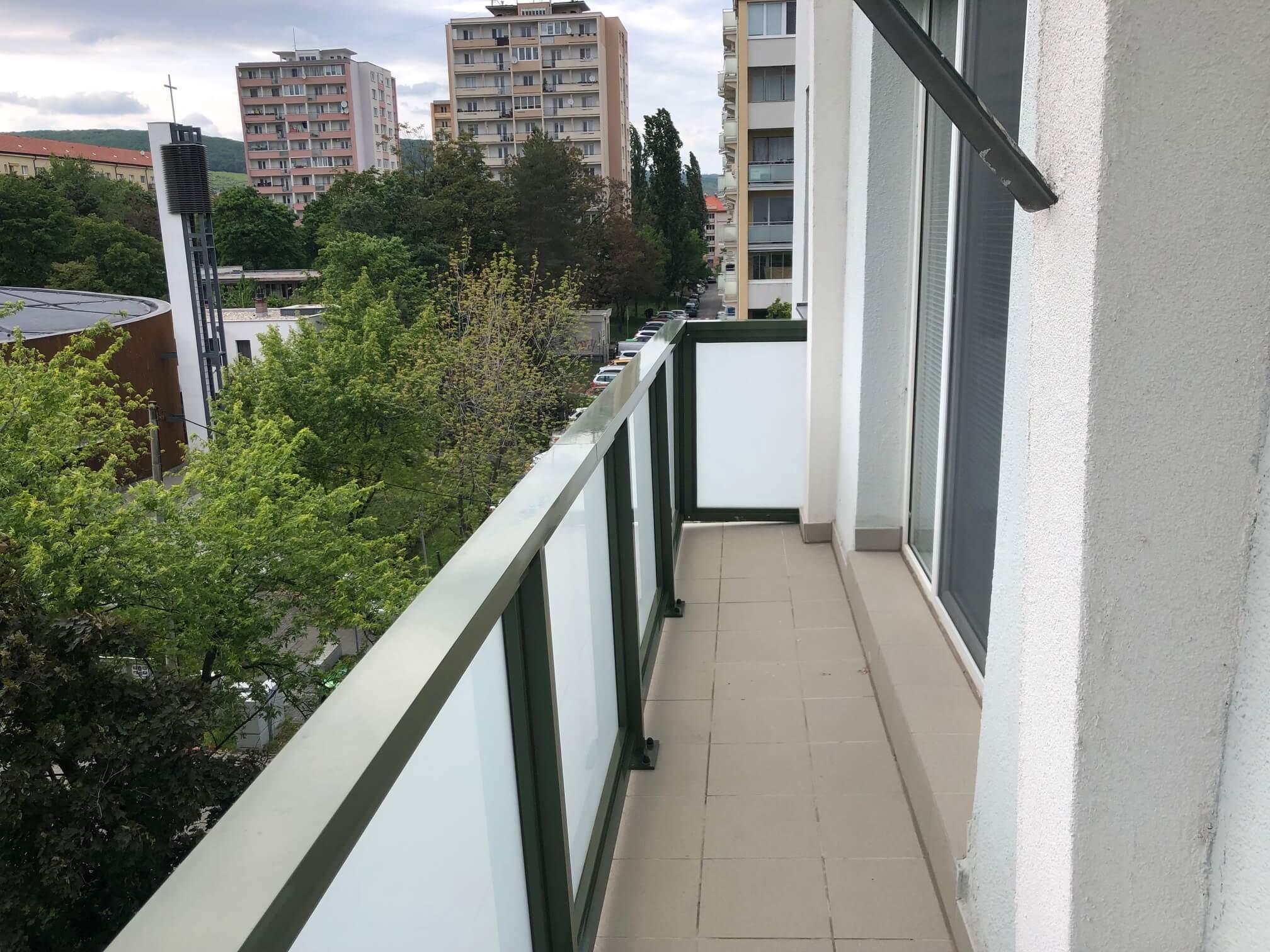 3 izbový byt, Račianska 85, 63m2, balkon 10m2, výborná lokalita-50