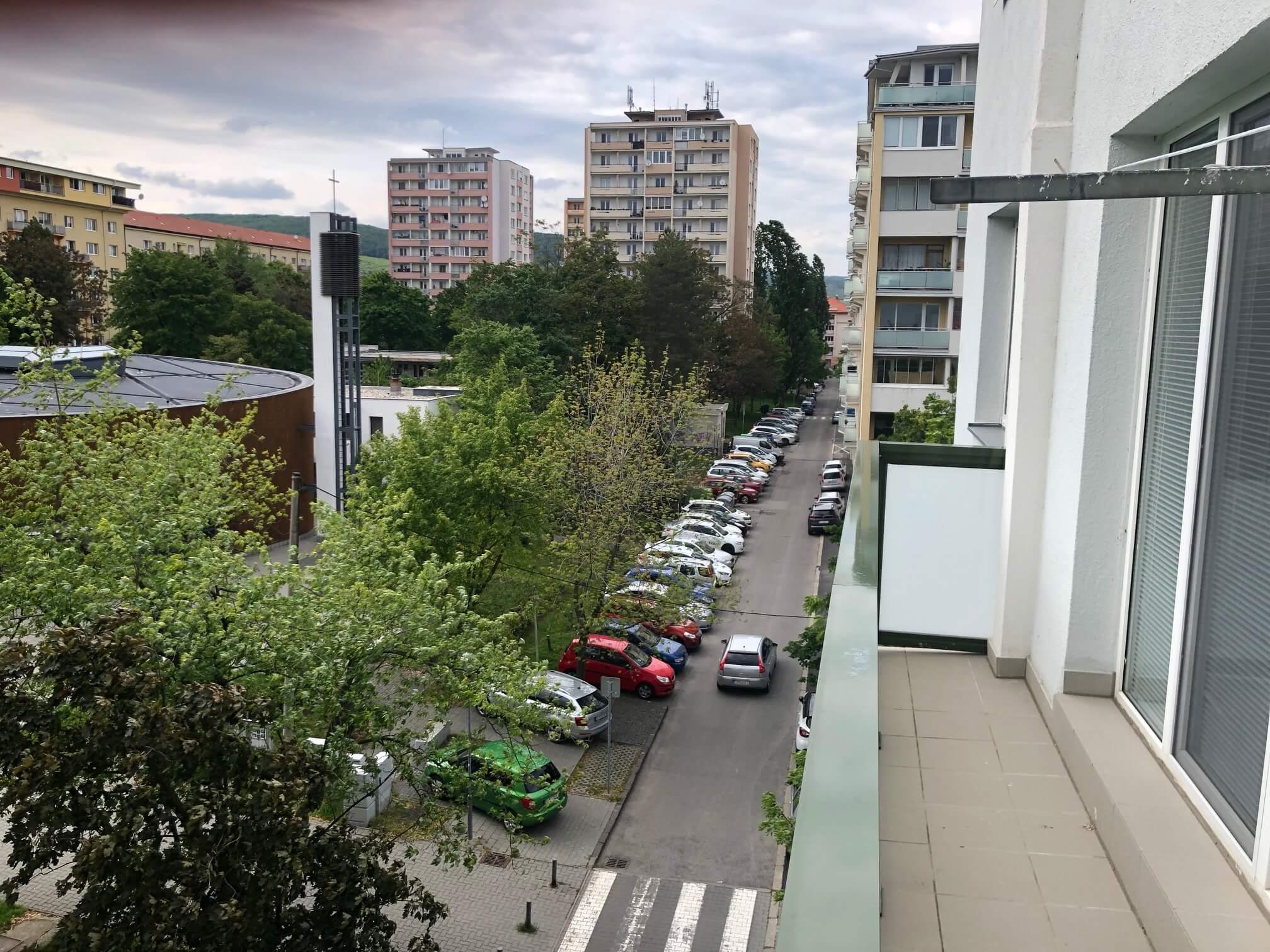 3 izbový byt, Račianska 85, 63m2, balkon 10m2, výborná lokalita-45