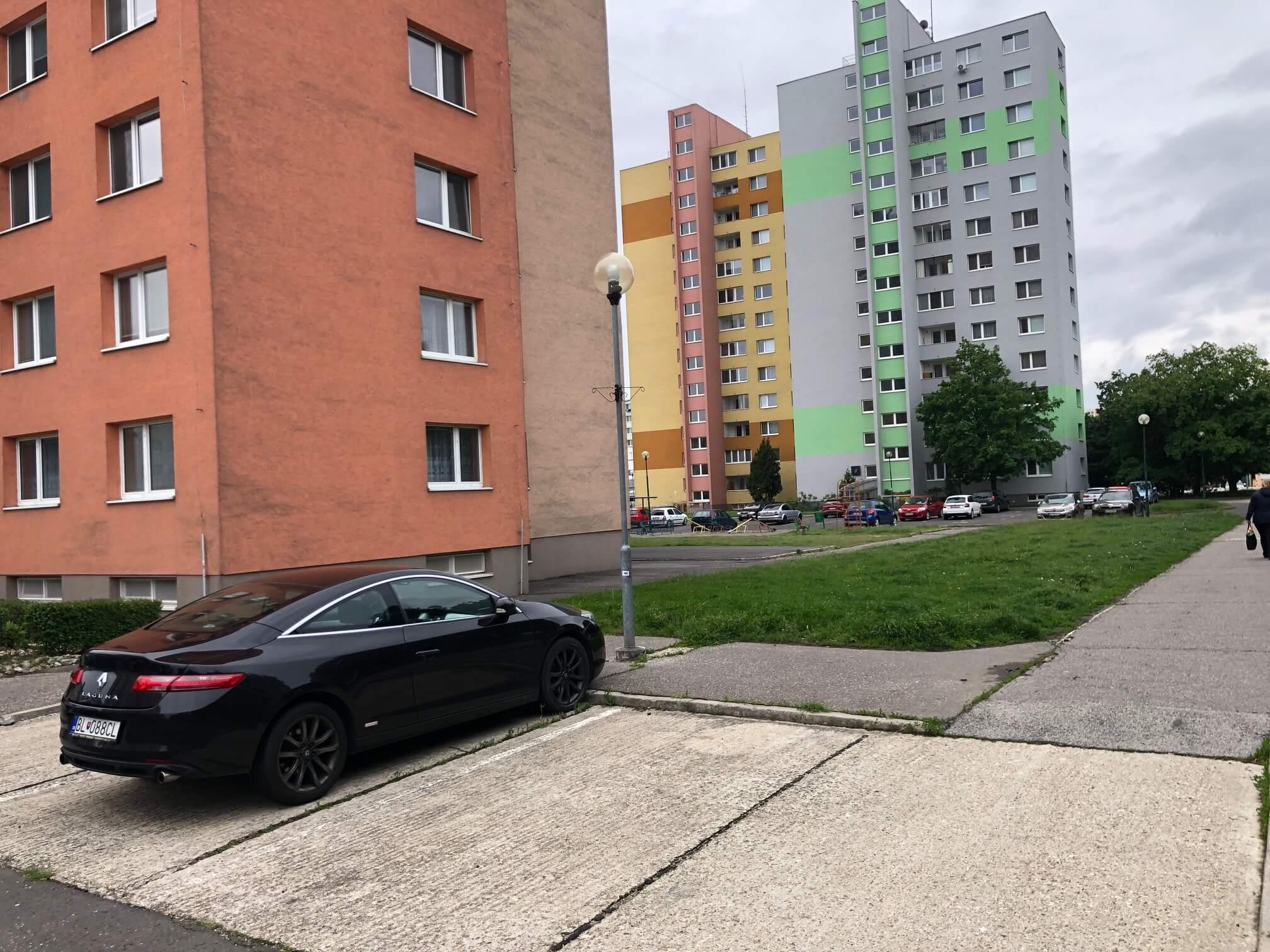 Predaný: 1 izbový byt, Ipeľská, Bratislava, 38m2, nízke náklady, parkovanie, vynikajúca občianska vybavenosť-25