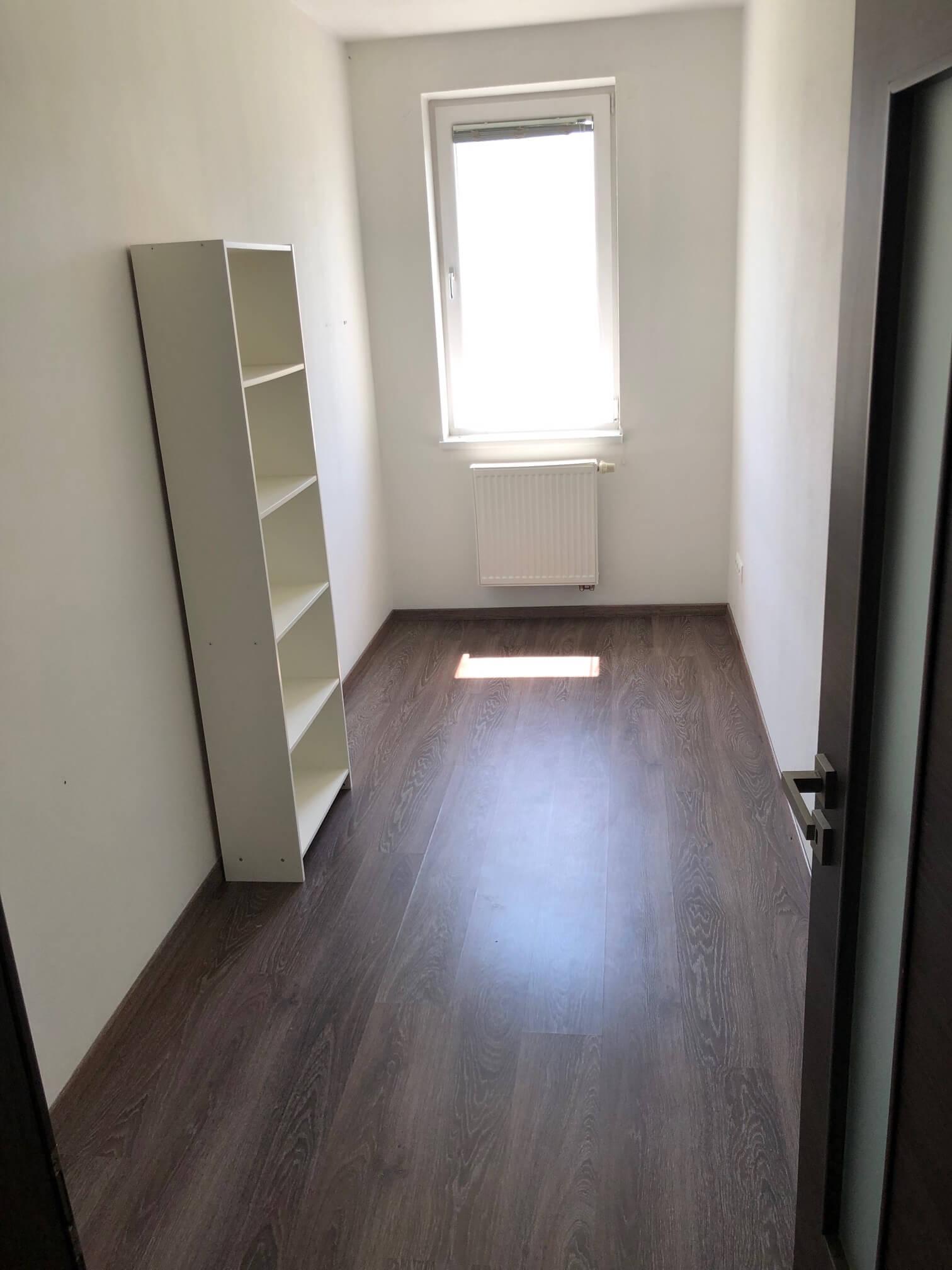 Rezervované: 3 izbový byt, novostavba, 72,25m2, loggia 4,82m2, Staré Grunty, Karlovka, garážové státie-37