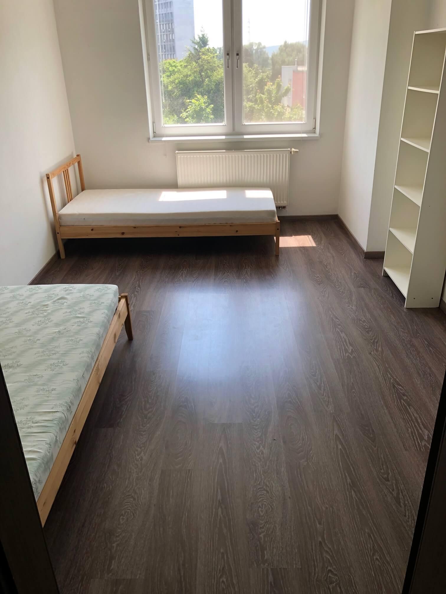 Rezervované: 3 izbový byt, novostavba, 72,25m2, loggia 4,82m2, Staré Grunty, Karlovka, garážové státie-27