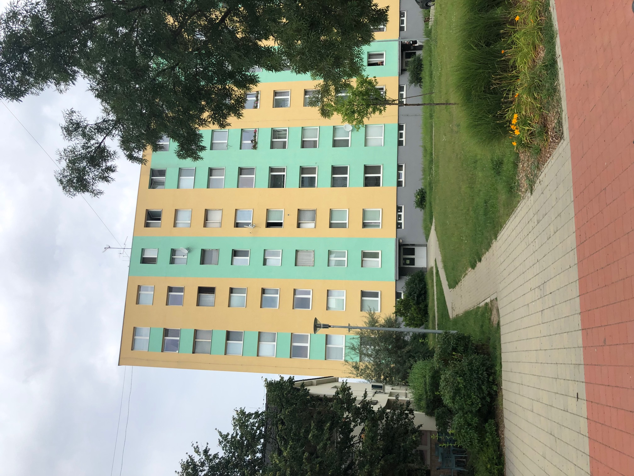 2 izbový byt, 52m2, pivnica, pôvodný stav, Skuteckého, Malacky Juh-28