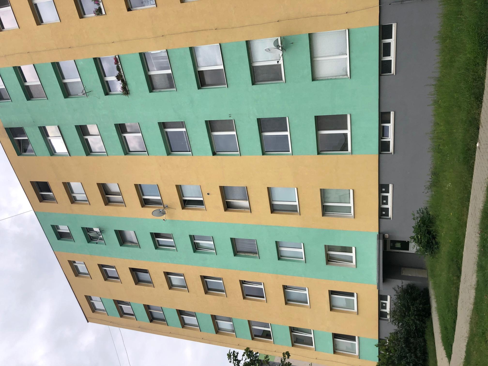 2 izbový byt, 52m2, pivnica, pôvodný stav, Skuteckého, Malacky Juh-26