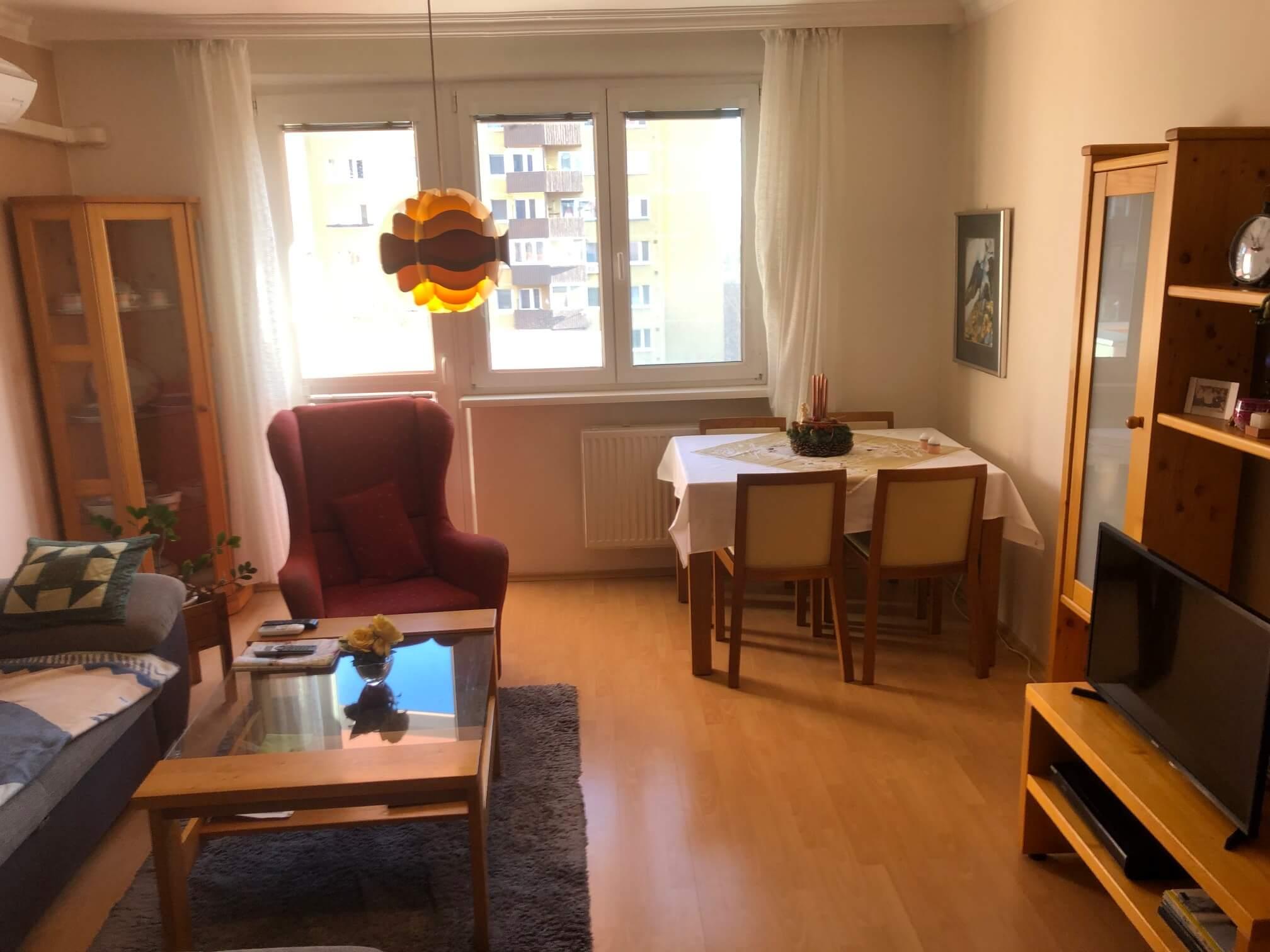 Exkluzívne na predaj 3 izbový byt, Devínska Nová Ves, Jána Poničana 3, 65m2, balkon 4m2,klimatizácia-1