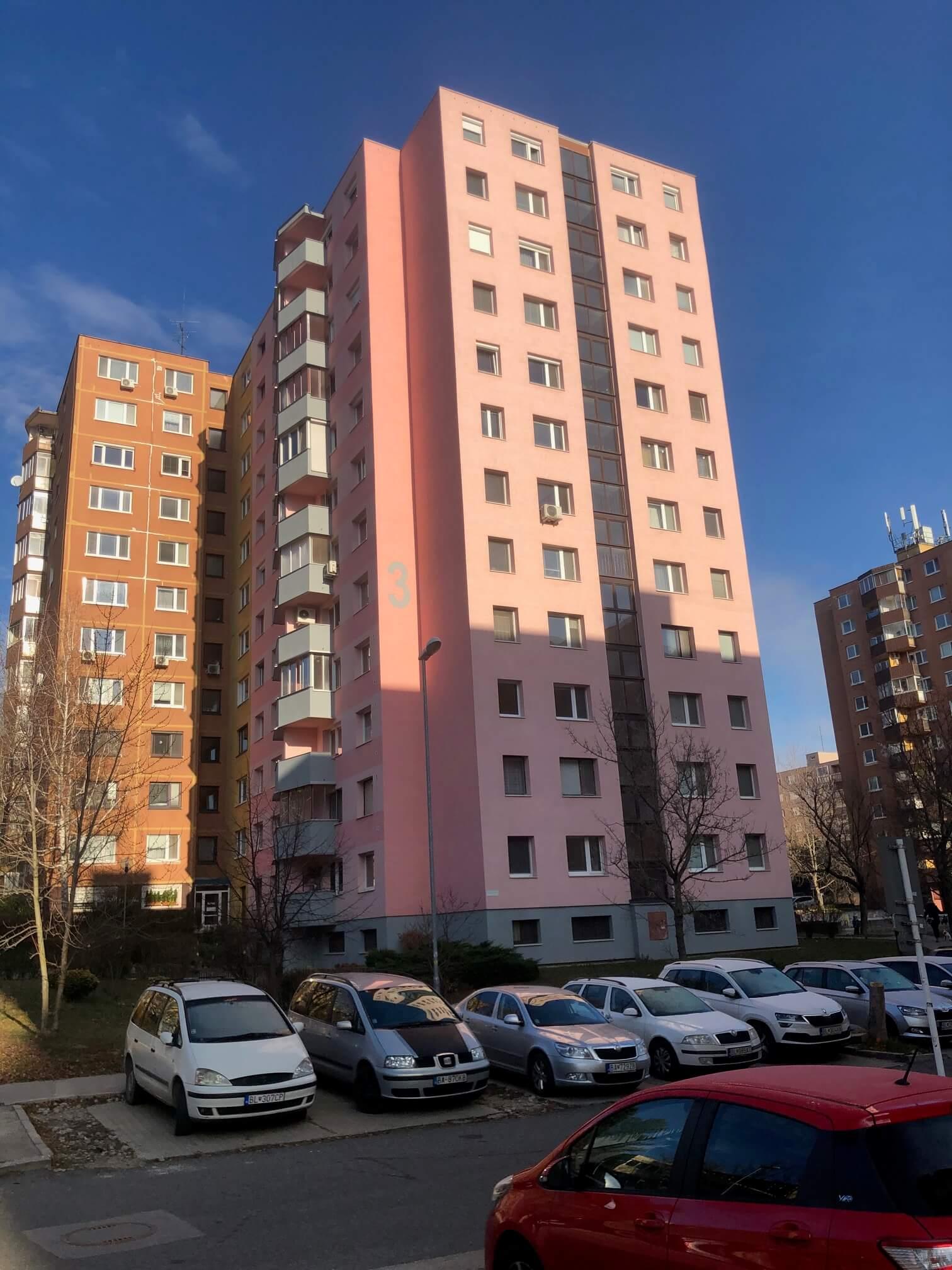 Exkluzívne na predaj 3 izbový byt, Devínska Nová Ves, Jána Poničana 3, 65m2, balkon 4m2,klimatizácia-8