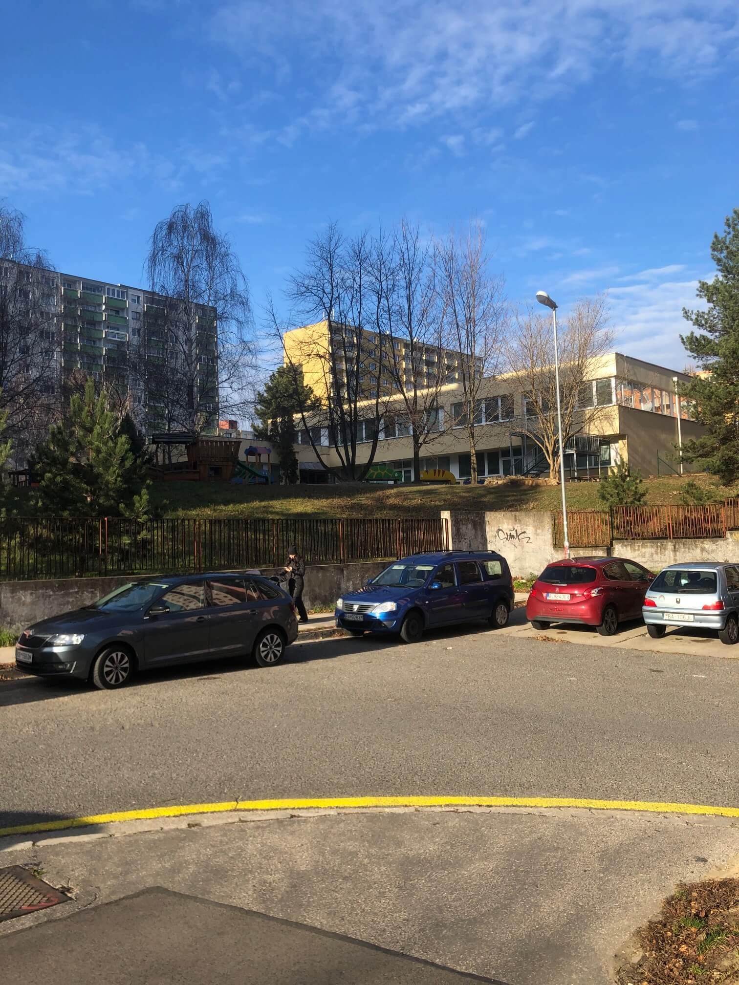 Exkluzívne na predaj 3 izbový byt, Devínska Nová Ves, Jána Poničana 3, 65m2, balkon 4m2,klimatizácia-6