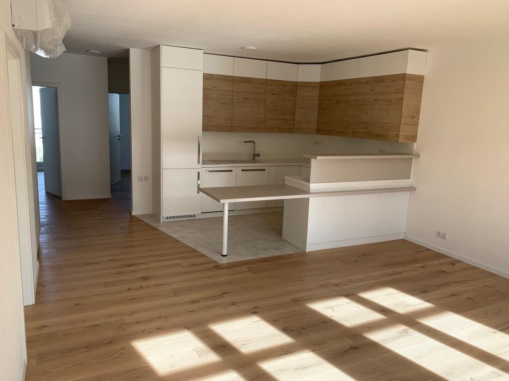 Na prenájom nový 4 izbový byt v novostavbe v centre, Beskydska 10, za Ymcou, klimatizacia,parkovanie-0