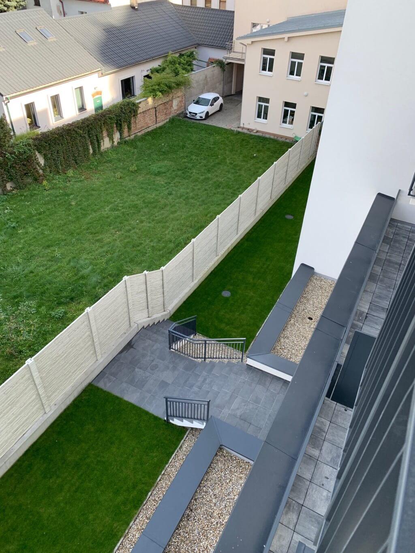 Na prenájom nový 4 izbový byt v novostavbe v centre, Beskydska 10, za Ymcou, klimatizacia,parkovanie-7