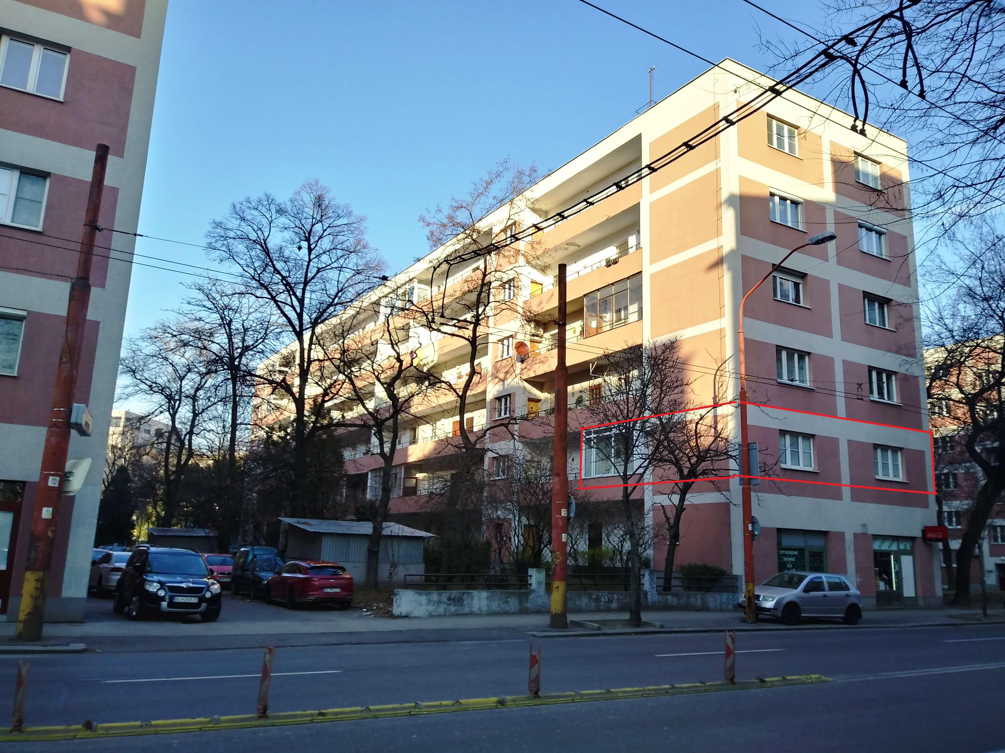 Predaj exkluzívneho 2 izb. bytu, staré mesto, Šancová ulica, Bratislava, 75m2, kompletne zariadený-5