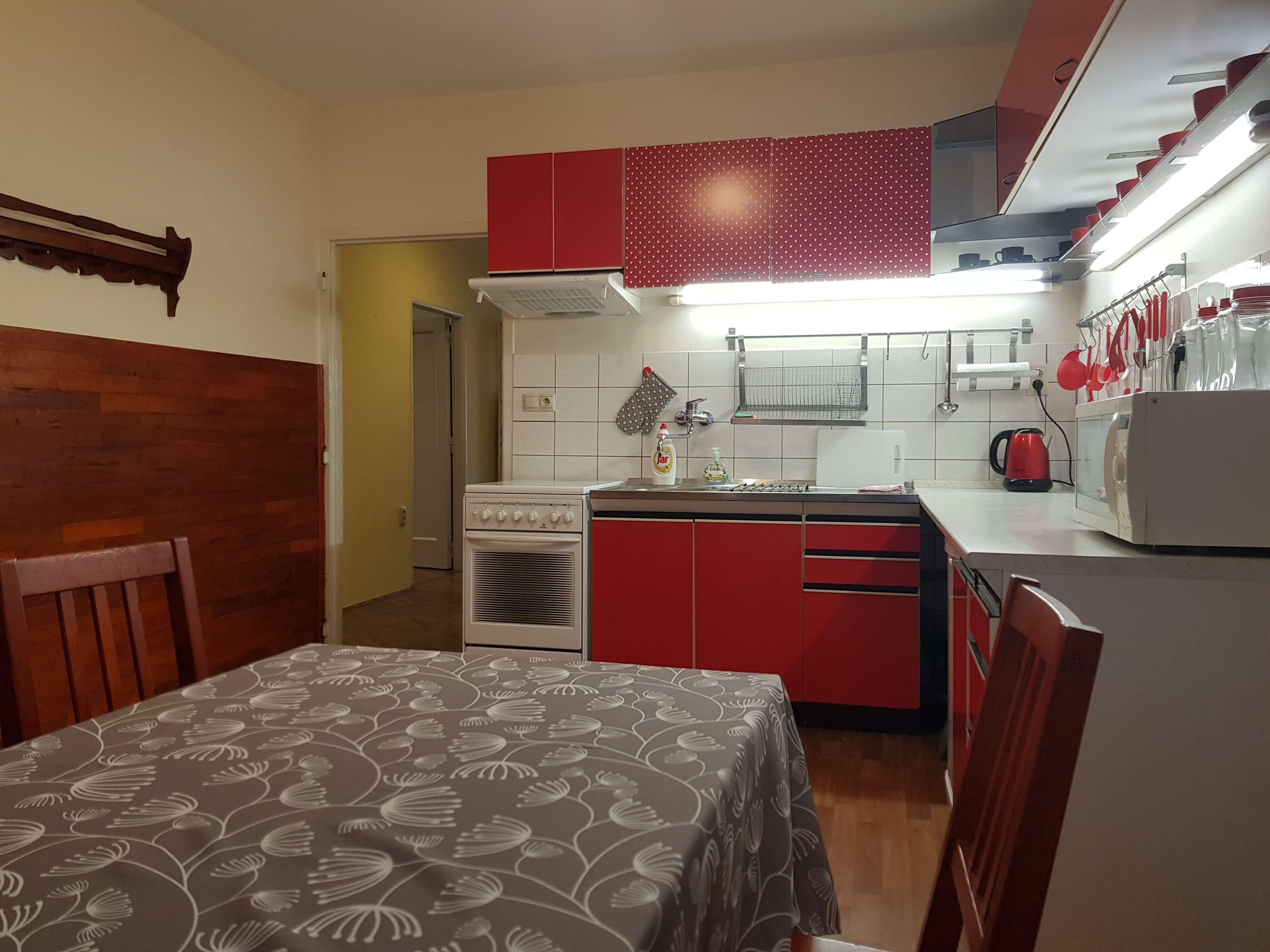 Predaj exkluzívneho 2 izb. bytu, staré mesto, Šancová ulica, Bratislava, 75m2, kompletne zariadený-16
