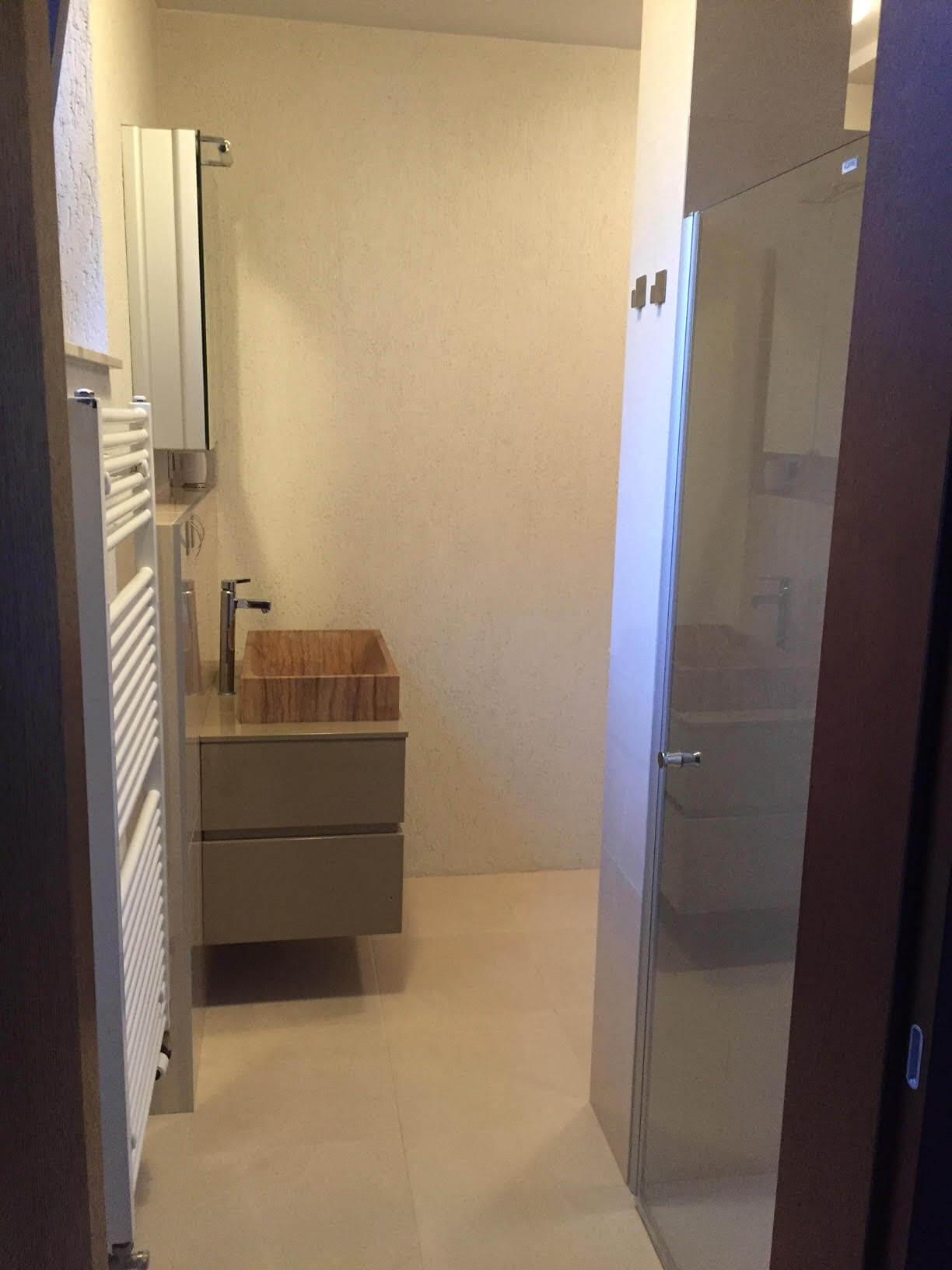 Luxusný 3 izbový byt v centre BA, 88m2, Dunajská 48, balkón 6m, garážové státie,klimatizácia, krb-8